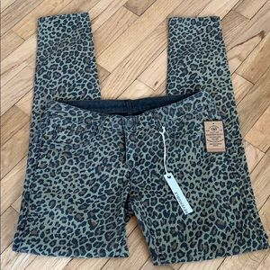 NWT Cult of Individuality Leopard Reversible Jeans